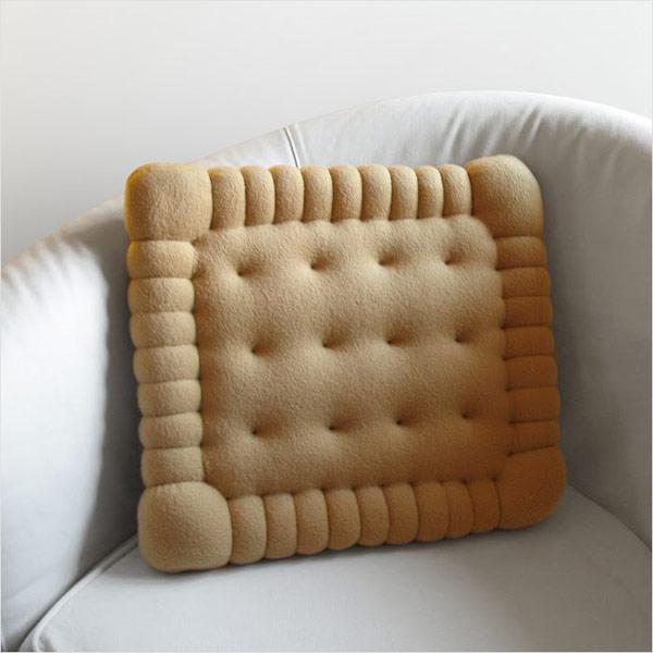 Sausainio formos pagalvėle