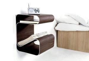 Stilingas medinis staliukas