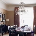 Tradicinis, ilgas valgomojo kambario stalas