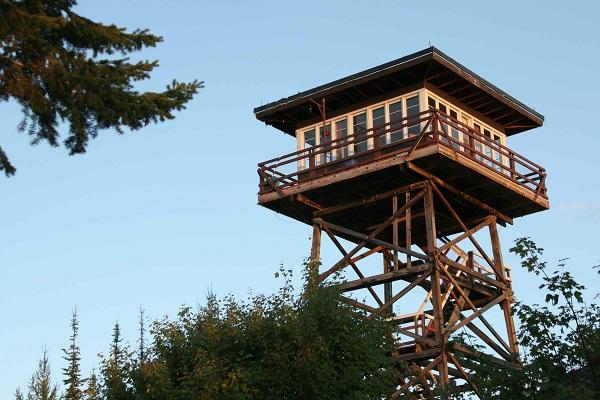 Apžvalgos bokštas perdarytas į gyvenemąjį būstą