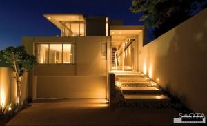 house-exterior-lighting