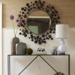 Išskirtinis veidrodis labai pagyvina prieškambarį