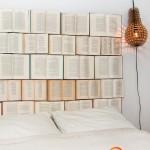 Prie plokštės priklijuotos knygos - puiki galvūgalio idėja