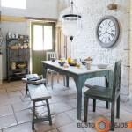 Virtuvė, rodos, nukelia keliais amžiais į praeitį