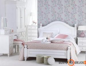 Gėlėti tapetai, pastelinės miegamojo spalvos