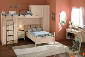Klasikinio stiliaus vaiko kambarys