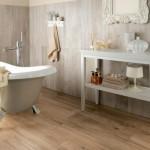 Pastatoma vonia - išskirtinis provanso stiliaus vonios kambario akcentas