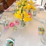 Mini dovanėlės svečiams ir pavasarinės gėlės