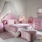 Rožinė- populiariausia spalva mergaitės kambaryje
