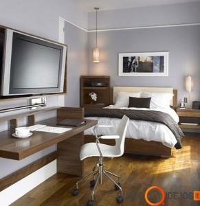 Klasikinis ir paprastas miegamojo interjeras