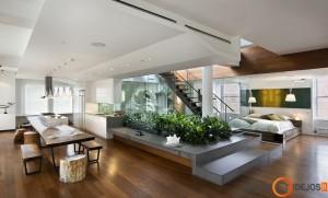 Prabangus lofto interjeras, kuriame neatskirta net miegamoji erdvė