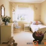 Švelnių atspalvių vaiko kambarys