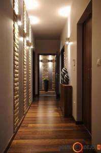 Šviestuvų pagalba patalpa vizualiai tampa aukštesnė