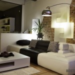 Puikiai dera baldai ir sienos apdaila