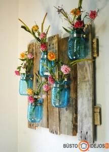 Mėlyni stiklainėliai - vazos