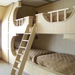 Išskirtinis dviaukštės lovos karkasas