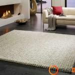 Rankų darbo megztas kilimas