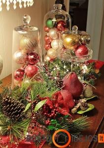 Spalvingas Kalėdinisi stalas