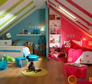 Vaikų kambarys palėpėje, atskirtas pertvarėle