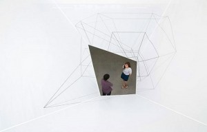 Instaliacijos pozicijoje laimėjo Darin Johnstone Architecture (Drawn Out / Light Mass)