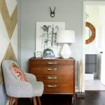 Modernūs baldai derinti su praeito amžiaus stiliaus baldais