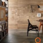 Išskirtinės medžio tekstūros puošta siena