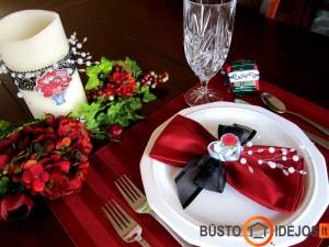 Stalo dekoras išskirtinei šventei