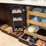 Idealiai išnaudotos virtuvės baldų durelės ir apačia